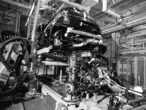 20011214-MINI-Powertrain-Assembly-1