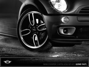 MINI COOPER S with JCW GP KIT. Dedicated aluminum wheels.